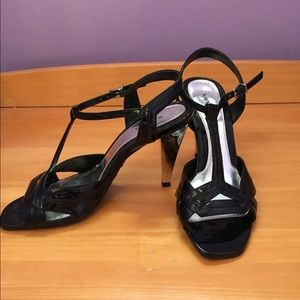 Xappeal Dress Shoes with silver heels size…